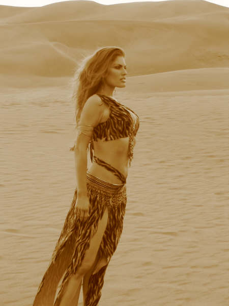 Kaya belly dancer